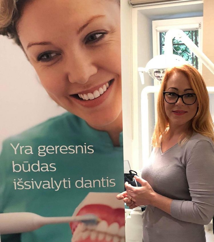 Profesionalus dantų balinimas Philips Zoom